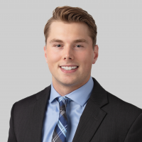 Jared JohnsonAssociate Wealth Manager