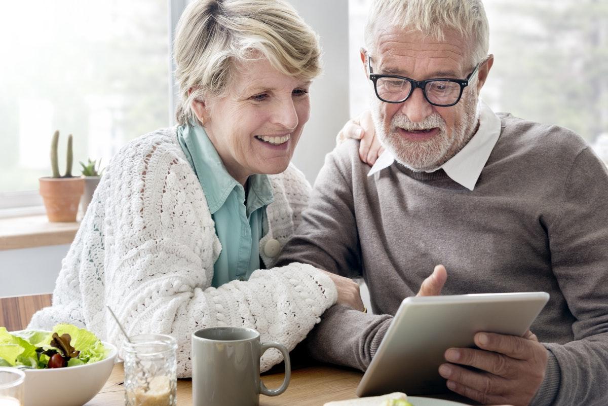 Should You Consider a Spousal Lifetime Access Trust (SLAT)?